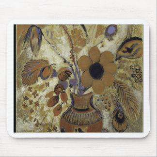 花が付いているEtruscanのつぼ-オディロン・ルドン マウスパッド