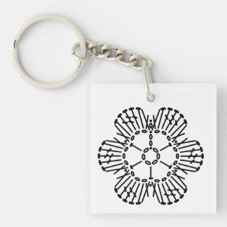 花のかぎ針編みの図表パターン キーホルダー