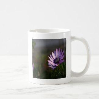 花のすみれ色の自然のデザイン コーヒーマグカップ