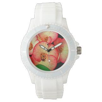 花のプリントが付いている腕時計 腕時計