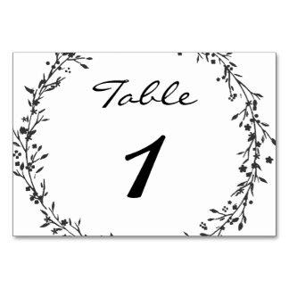 花のリースの結婚式のテーブル数 カード