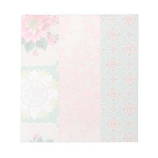 花のヴィンテージの壁紙のメモ帳 ノートパッド