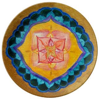花の十字の曼荼羅の装飾的な磁器皿 磁器プレート