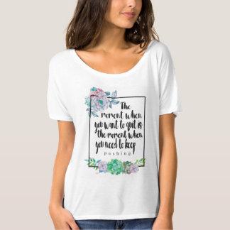 花の引用文の女性のFlowyのTシャツ Tシャツ