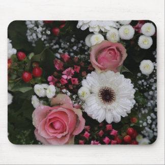 花の美しい花束 マウスパッド