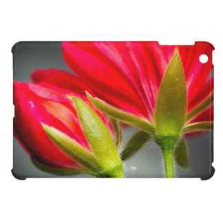 花の背部からのviningゼラニウムのクローズアップ iPad miniケース
