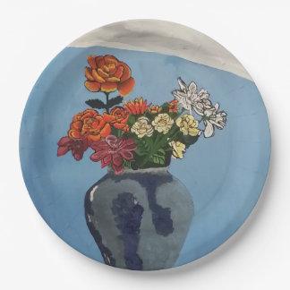 花の花束が付いているプレート ペーパープレート