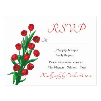 花の赤RSVPのチューリップの花の結婚披露宴の春 ポストカード