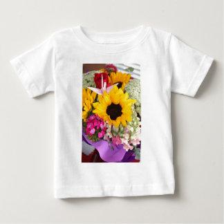 花のorigamiクレーン ベビーTシャツ