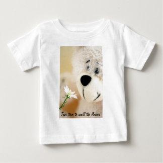 花をかぐのに時間をかけて下さい ベビーTシャツ