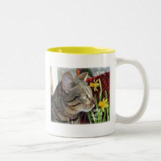 花をストップ、かいで下さい ツートーンマグカップ