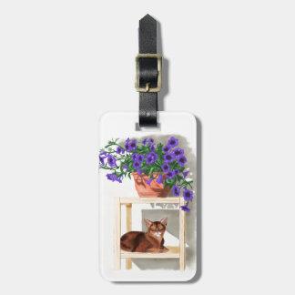 花を持つアビシニア猫 ラゲッジタグ