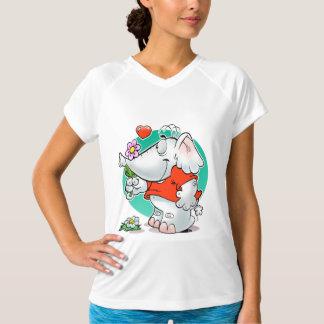 花を持つ甘い恋愛象 Tシャツ