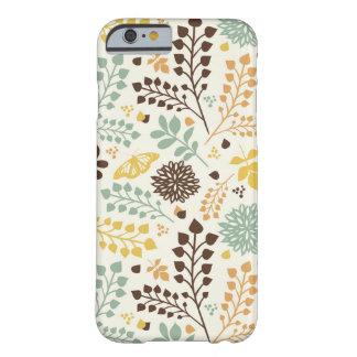 花パターン: 葉、花および蝶 BARELY THERE iPhone 6 ケース