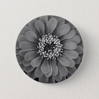 花ボタン 5.7CM 丸型バッジ