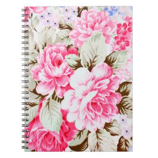 花ヴィンテージのシックなピンクの花 ノートブック
