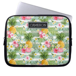 花及びパイナップルティール(緑がかった色)は を加えますあなたの名前を縞で飾ります ノートパソコンスリープケース