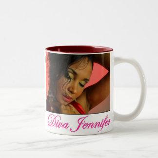 花型女性歌手のジェニファーのマグ ツートーンマグカップ