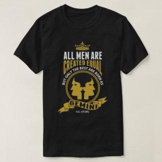 花婿介添人はジェミニとして生まれます Tシャツ