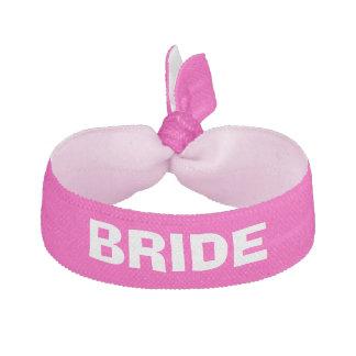 花嫁のピンクの名前入り ヘアタイ