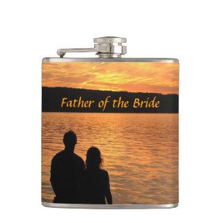 花嫁のフラスコの熱帯ビーチの日没の父 フラスク