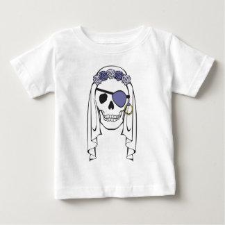 花嫁の海賊スカルのラベンダー ベビーTシャツ