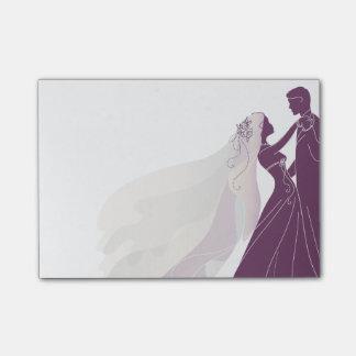 花嫁及び新郎3が付いている結婚式のノート-ノート ポストイット