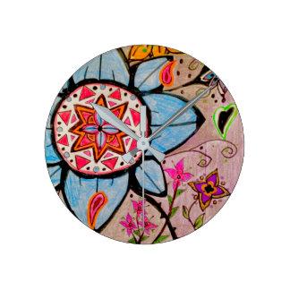 花柄及びペーズリーの陽気な柱時計 ラウンド壁時計