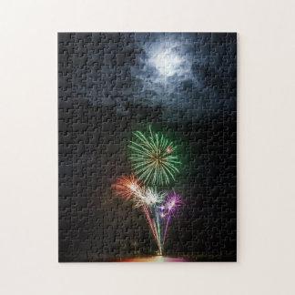 花火が付いている満月 ジグソーパズル