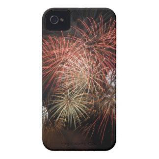 花火20のブラックベリーの箱 Case-Mate iPhone 4 ケース