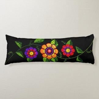 花盛りのつる植物 抱き枕