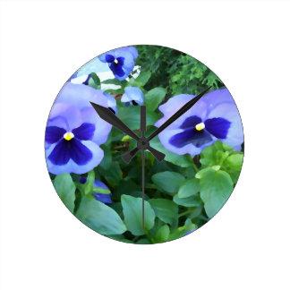 花紫色のラベンダーの庭のパンジーの花 ラウンド壁時計