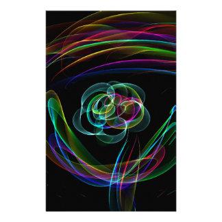花色のスケッチ上のファンキーで明るいネオン虹 便箋