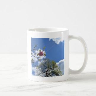 花、空および木 コーヒーマグカップ