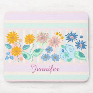 花、葉、円、ストライプ及び名前をカスタムする マウスパッド