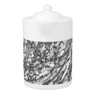 芸術家によるC.L.ブラウンインク洗浄磁器の茶ポット