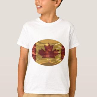 芸術的なカナダの地図およびMapleLeaf Tシャツ