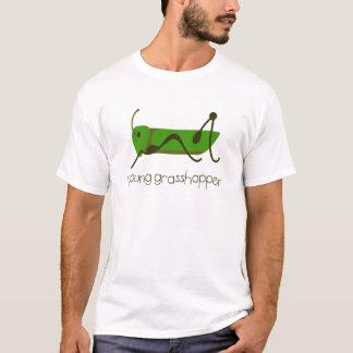 若いバッタ Tシャツ