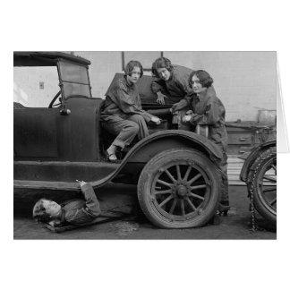 若い女性自動車整備士1927年 カード