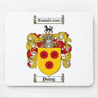 /若い家紋若い紋章付き外衣 マウスパッド