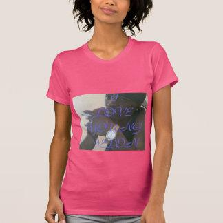 若い重罪犯人の通りのチーム(女性) Tシャツ