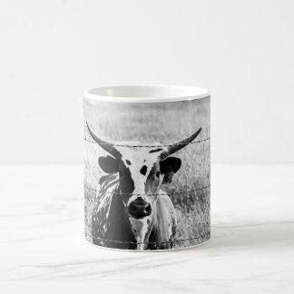 若い長角牛 コーヒーマグカップ