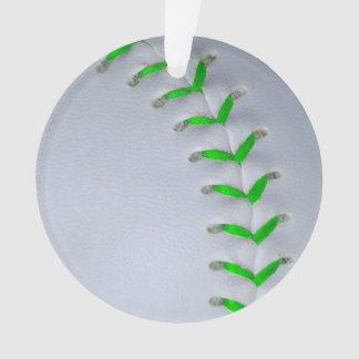若草色のステッチの野球/ソフトボール オーナメント