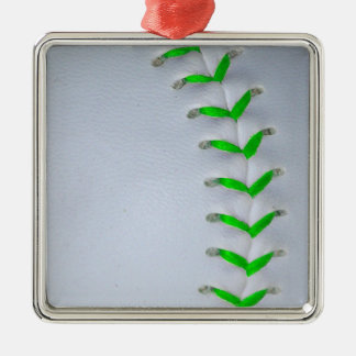 若草色のステッチの野球/ソフトボール メタルオーナメント