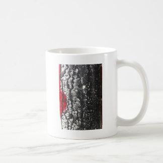 苦脳によって壊される愛絵画 コーヒーマグカップ