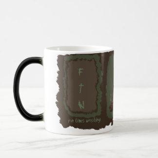 苦闘するおもしろいの時間 (FTW) モーフィングマグカップ
