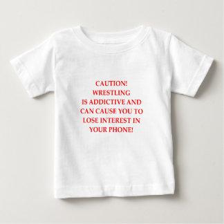 苦闘すること ベビーTシャツ