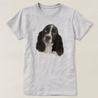英国のスプリンガースパニエルの子犬 Tシャツ