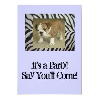英国のブルドッグの子犬のパーティの招待状の誕生日 カード