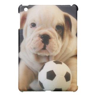 英国のブルドッグの子犬w/Soccerの球 iPad Miniケース